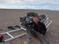 英探险家成为徒步穿越蒙古第一人
